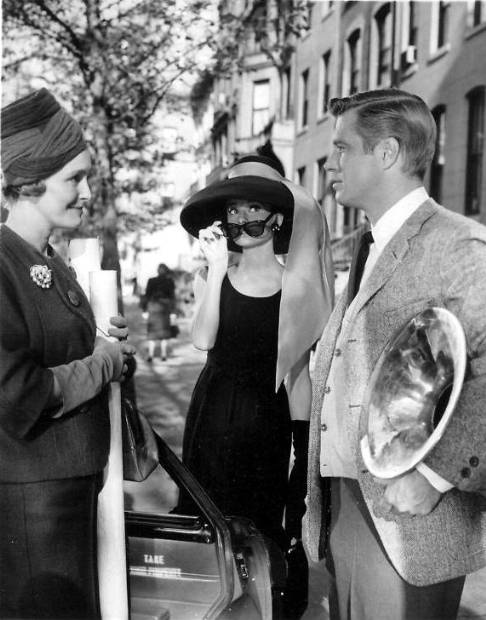 optimized-patricia-neal-audrey-hepburn-george-peppard-breakfast-at-tiffany-s[1]