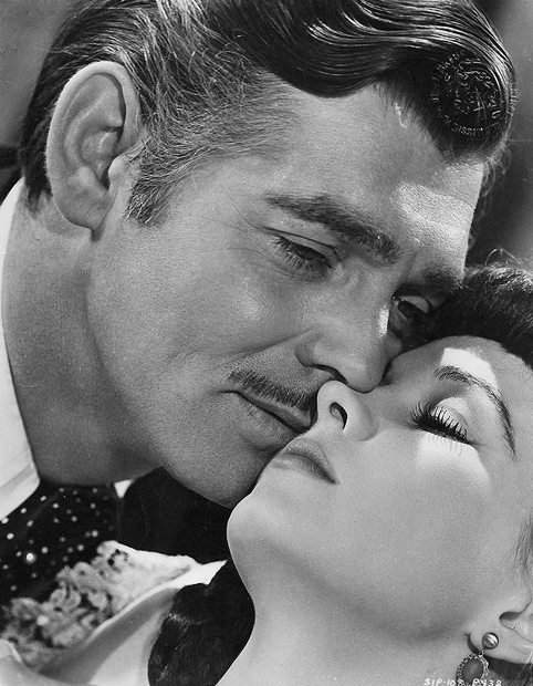 Clark-Gable-Vivien-Leigh-Gone-with-the-Wind[1]