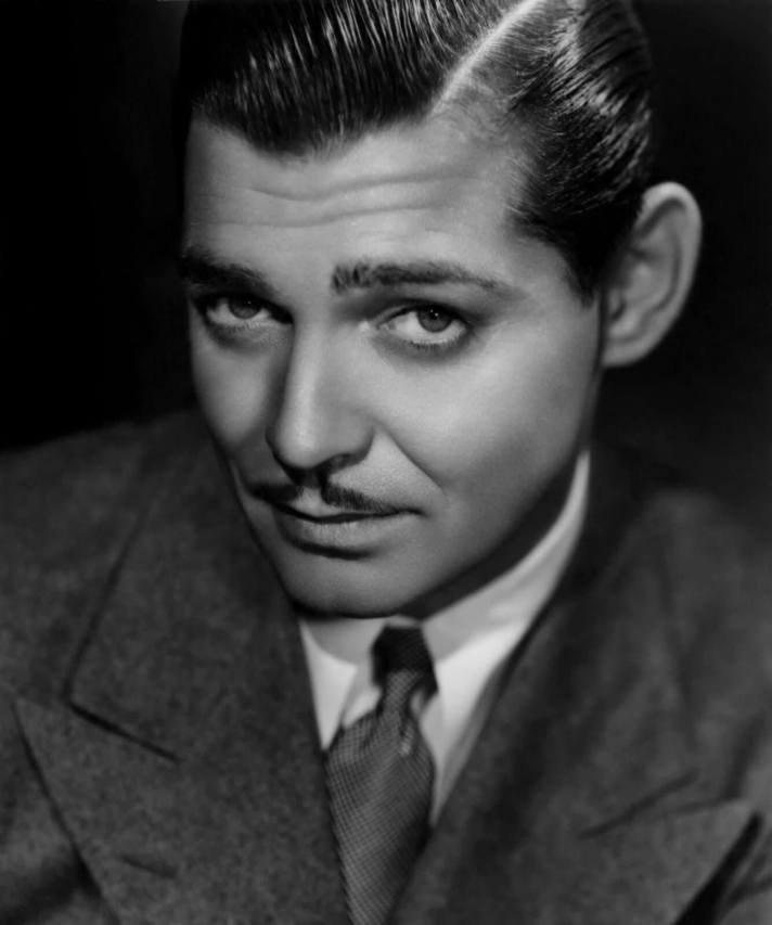 clark-gable-with-moustache-classic-collar-and-wide-lapels
