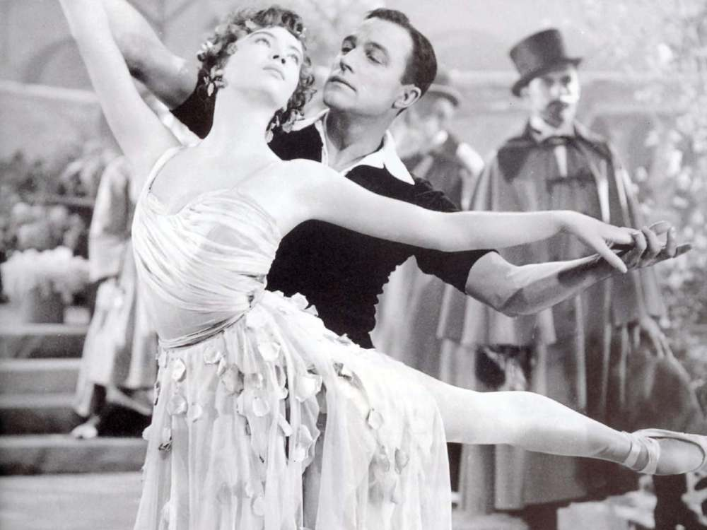 Gene Kelly and Leslie Caron American IN Paris